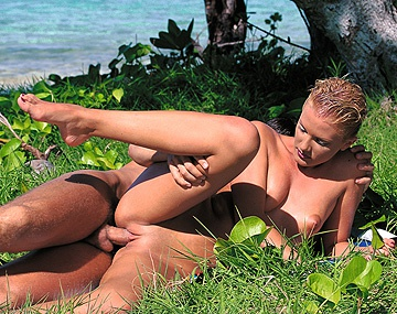 Private  porn video: Suzan Nielsen, una naturista muy viciosa